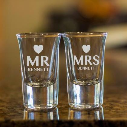 mr and mrs shot glasses,customize s..
