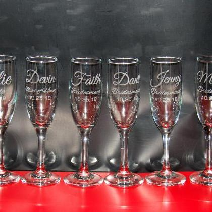 Set of 6 champagne flues, personali..