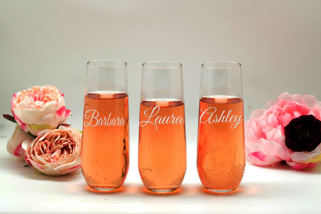 Bridal Shower flutes, Bridesmaid names wedding toasts, Wedding stemless flutes, Engraved Wedding Glasses,Customize champagne flutes