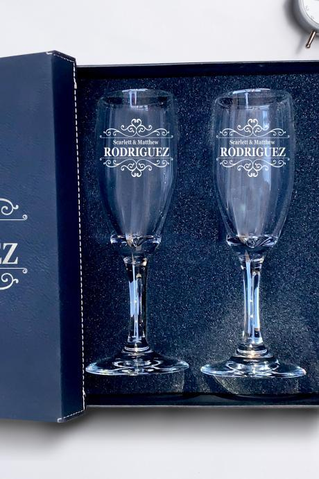 Set of 2 champagne flutes, personalized First names & Last name engraved Glasses,wedding toasts, Etched Wedding Champagne Flutes, Custom