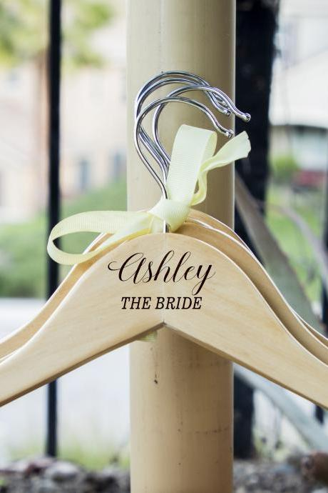 Customize hangers for wedding, personalize bride dress hangers, wedding dress hanger, name hanger,hanger for wedding dress, hanger for dress
