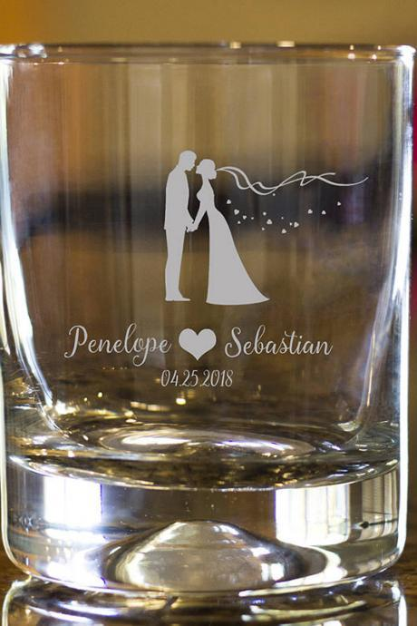 Love rock glass,Personalize Rock glass,Engraved Whiskey glass, etched Whiskey glass,Bourbon Glass,wedding gift,Bachelor party,wedding favor