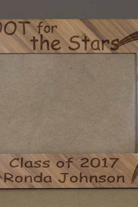 Shoot for the star Picture Frame, Engraved Photo Frame,Wooden Photo Frame,class of 2017 Photo Frame,Graduation 2017 frame,Proud 2017 Student