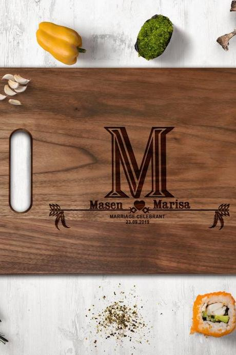Customize walnut Cutting board,wedding gift,newlyweds gift board,Couple Walnut cutting board,Kitchen Decor,Housewarming Gift,Engraved board