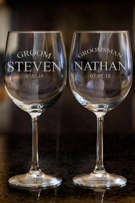 Groomsman wine glasses,Personalize wine glasses,Engraved wine glasses, etched Wine glasses,wedding gift, Bachelor party, customized names