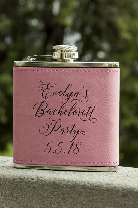 Personalized Flask, Flask For Bachelorett, Maid of Honor Flask, Gift for Bridesmaid, Gifts for Her, Birthday Gift,Bridesmaid Flask