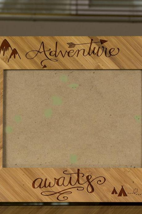 Adventure awaits Picture Frame, Engraved Photo Frame, Wooden Photo Frame,class of 2017 Photo Frame,Graduation 2017 frame,Proud 2017 Student