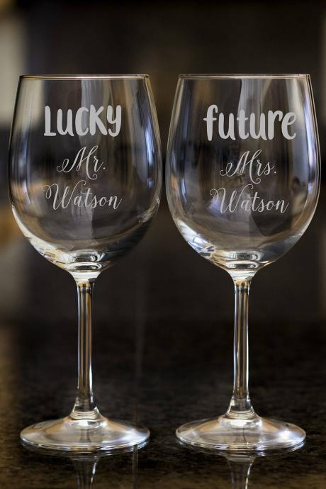 Lucky Mr. wine glasses,Personalize wine glasses,Engraved wine glasses, etched Wine glasses,wedding gift, Bachelor party, customized