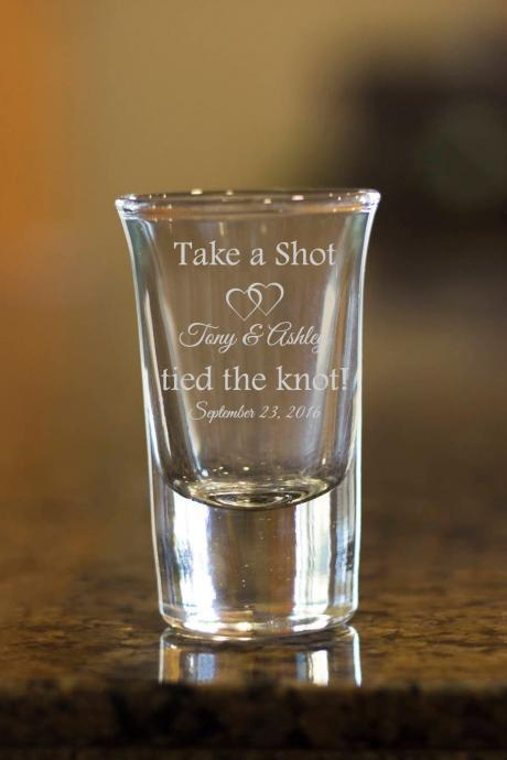 Tied the knot shot glasses,customize shot glasses,wedding shot glasses, wedding favor, couple shot glasses,wedding favor, wedding gift