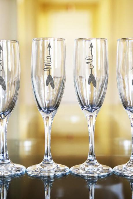 Set of 6 Wedding champagne flues, personalized names wedding toasts, Bridesmaid Champagne Flutes, Engraved Glasses,Customize wedding, BFF