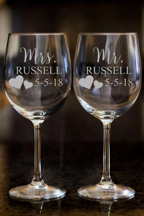 Mrs. wine glasses,Personalize wine glasses,Engraved wine glasses, etched Wine glasses,wedding gift, Bachelor party, customized