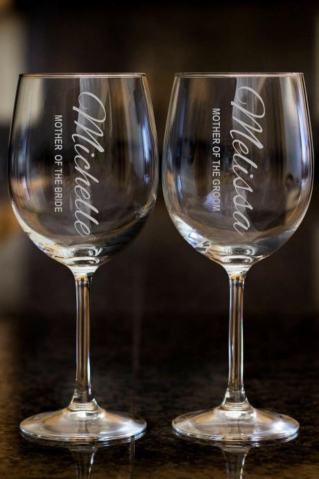Mother of the bride wine glasses,Personalize wine glasses,Engraved wine glasses, etched Wine glasses,wedding gift, Bachelor party, cutomized