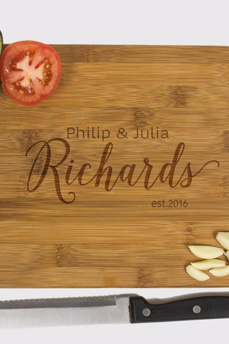Personalized cutting board, Wedding Gift, Kitchen Decor, Housewarming Gift, Family name Engraved Cutting Board, Chopping board
