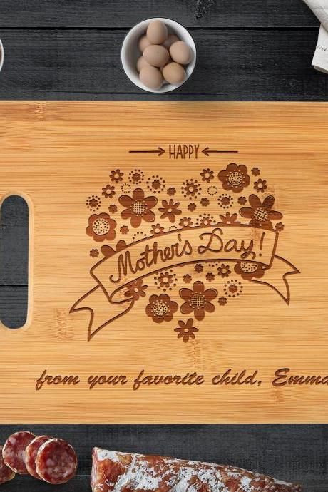 Mothers day gift personalized gift cutting board, thank you mom gift, mothers cutting board, mother appreciation, custom Mother's Day