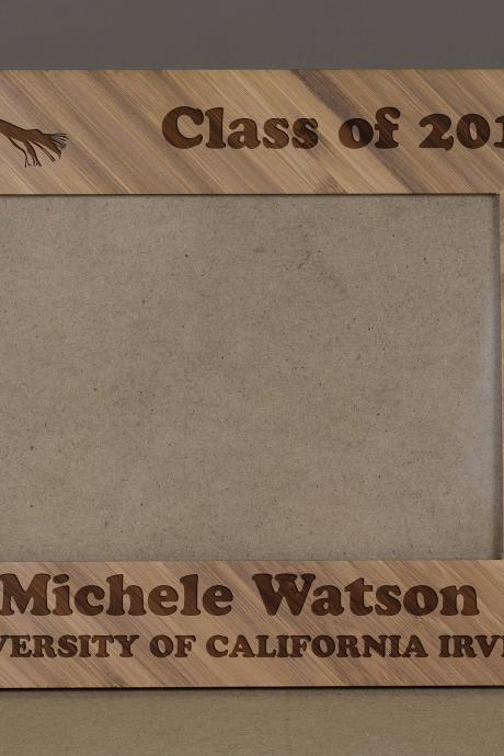 Graduation Custom Picture Frame, Engraved Photo Frame, Wooden Photo Frame,class of 2017 Photo Frame,Graduation 2017 frame,Proud 2017 Student