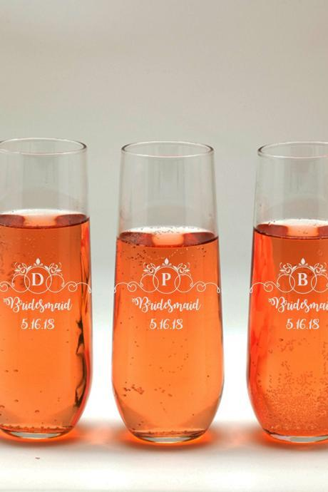 Personalize Champagne glass, Bridesmaid wedding toasts, Wedding stemless flutes, Engraved Wedding Glasses,Customize champagne flutes
