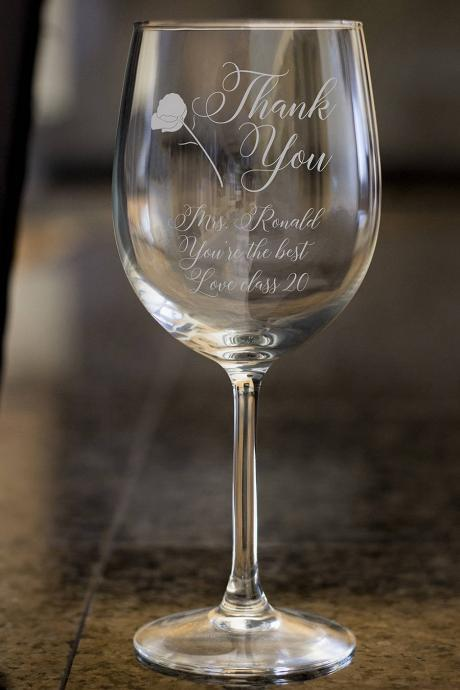 Thank You wine glass,Personalize wine glass,Engraved wine glass, etched Wine glass,wedding gift,Bachelor party,Wedding Favor, anniversary