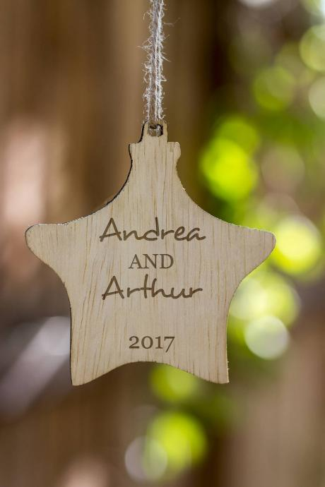 Personalized Christmas Ornament, Couple's Name Customized Wooden Ornament, Wooden Christmas Ornament Gift, Engraved Wooden ChristmasOrnament