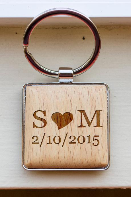 Personalize Key chain, Name key chain, love key chain,custom key chain, wood Engrave key chain, gift for Couple, Gift for BFF